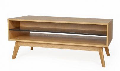 mesa centro fabricada en roble y contrachapado de roble de estilo nordico